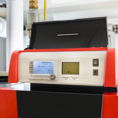 Gas Brennwertkessel Wartung Instandhaltung Haustechnik